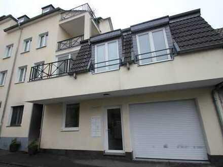3 Zimmer Wohnung in Rodenkirchen mit Kamin