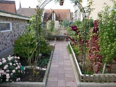 DHH mit schönem Garten!