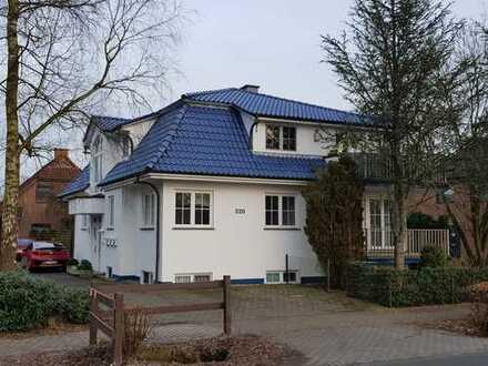 Große und helle Dachgeschosswohnung
