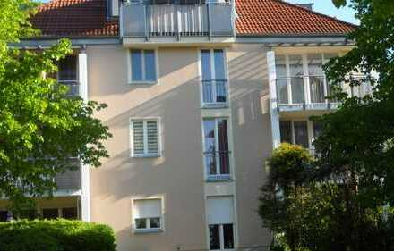 sehr schöne Wohnung in grüner, gepflegter Umgebung im Speckgürtel von Berlin