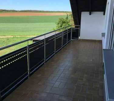Erstbezug nach Sanierung: schöne 2-Zimmer-Wohnung mit Balkon in Adelsdorf