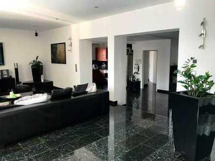 Wunderschöne Villa (1-3 Fam.-Haus) ca. 7,6 Ar Grdstck. in Toplage ca. 315 m² WFL + Bauplatz optional