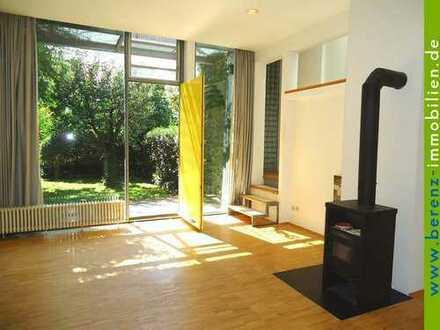 Architektonisch stilvolle Doppelhaushälfte mit Garten, Dachterrasse + Balkon