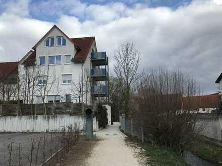 Exklusive, gepflegte 4,5-Zimmer-Maisonette-Wohnung mit 2 Balkonen und Einbauküche in Renningen