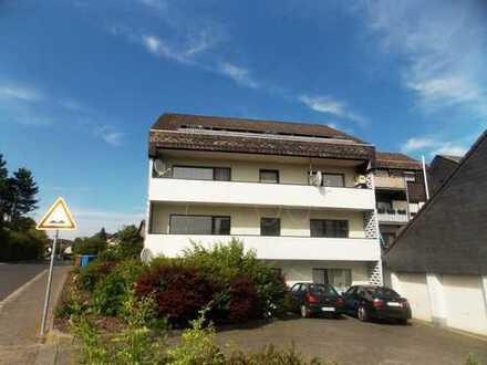 Zwangsversteigerung: Helle Vier-Zimmer-Eigentumswohnung in Dornburg-Frickhofen