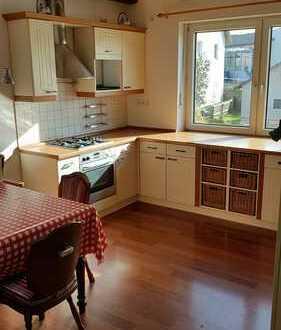 Günstige, gepflegte 3-Zimmer-Wohnung mit Balkon in Oberviechtach