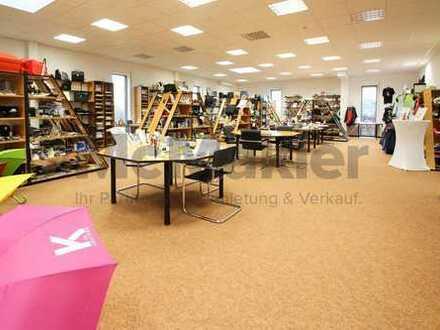 Greifen Sie schnell zu! Ausstellungsfäche mit Büroräumen! Ideal für Werbemittelhändler!