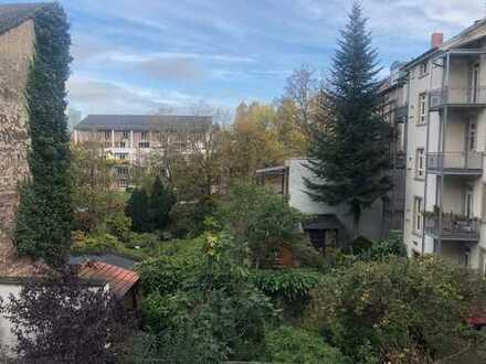 Helle und neu sanierte 1 Zimmer Whg mit Balkon, Karlsruhe Südstadt