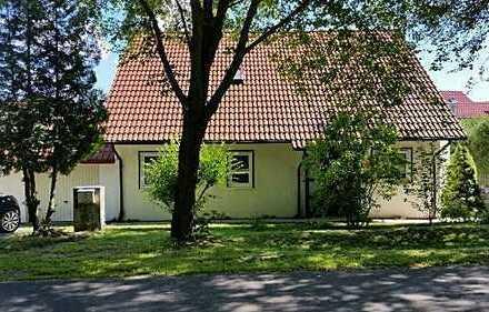 Sonntagsbesichtigung 0172-3261193 / Einfamilienhaus / Garage / schöner Garten / Bad / Gäste WC