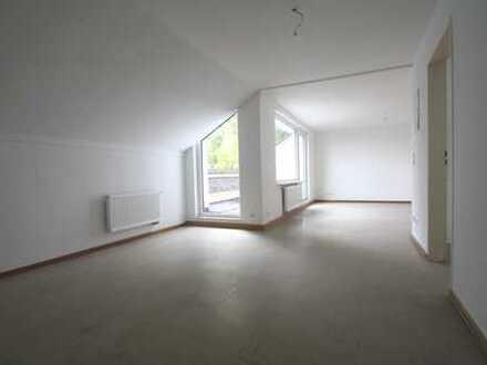 Frisch modernisierte 2-Zimmer Dachgeschosswohnung in RE-Süd zu vermieten! mit WBS!