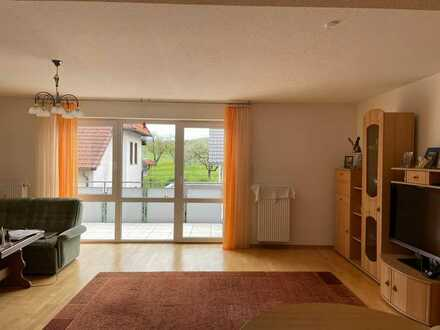 Stilvolle, gepflegte 3-Zimmer-Wohnung mit Balkon und EBK in Eislingen