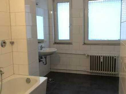 Renovierte 4-Zimmer Wohnung