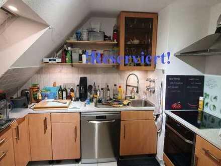 4 Zimmerdachgeschosswohnung mit Keller, Balkon u. Stellplatz beim Preis gibts noch VB!
