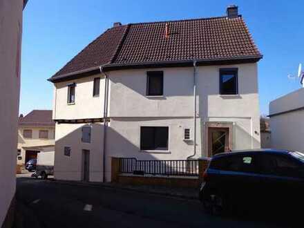 Schönes Haus mit fünf Zimmern in Donnersbergkreis, Steinbach am Donnersberg