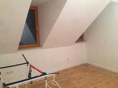Helles Zimmer in einem frisch renoviertem Haus