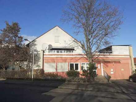 Schnell zugreifen - Praxis- oder Büroräume in gut frequentierter Lage in Ludwigshafen Mundenheim