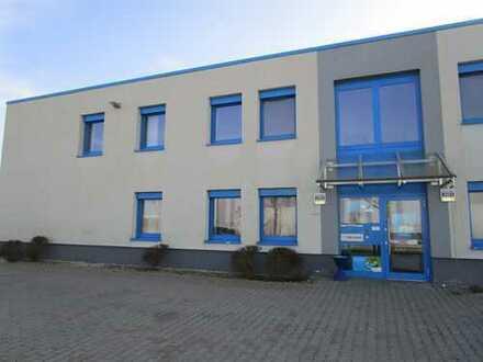 Vermietung einer Umschlaghalle mit Bürogebäude u befestigter Außenanlage