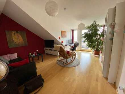 Sehr schöne 3 Zimmer Wohnung mit einer großen und modernen Terasse