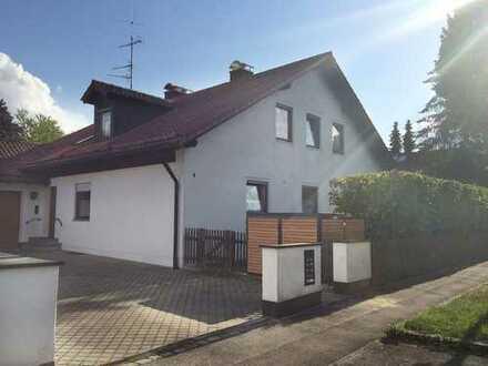 Großzügige 3-ZKB DG-Wohnung in LL-OST