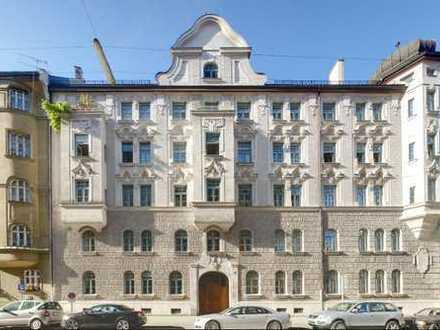 Bestlage - 4 Zimmerwohnung mit Balkon im Lehel (Altbau)