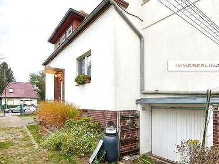 IMMOBERLIN: Gepflegtes vermietetes Ein-/Zweifamilienhaus mit Südgarten
