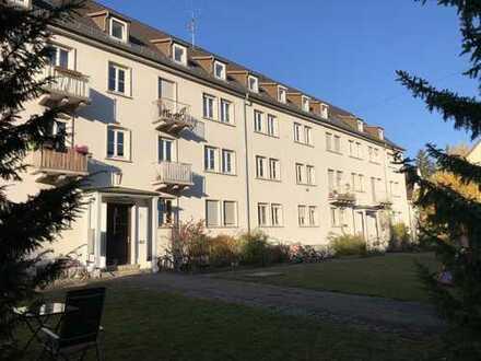 Sommerzeit-Umzugszeit, Stuttgart-Ost, helle 4 Zimmerwohnung zu vermieten