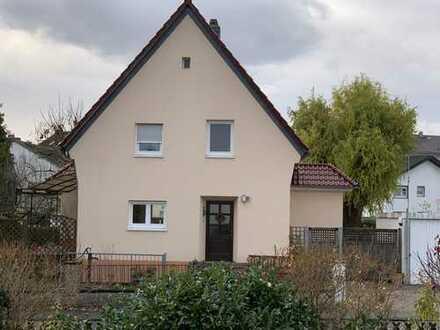 Wunderschönes freistehendes Mehrfamilienhaus in Rödermark zu verkaufen