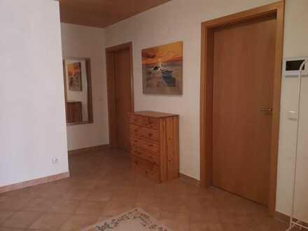 Gepflegtes WG-Zimmer im 2-Familienhaus