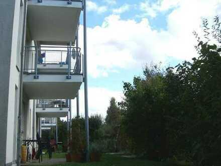 Sonnige, ruhige 61m²-2-Raum-Wg., Südbalkon, Randlage, 1.OG, TG, grüne Höhenlage, schnell auf der A4