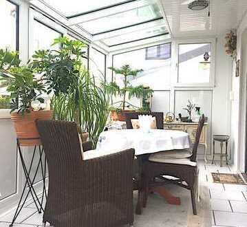 3-Zimmer Wohnung mit Wintergarten und Garage in ruhiger Wohnlage