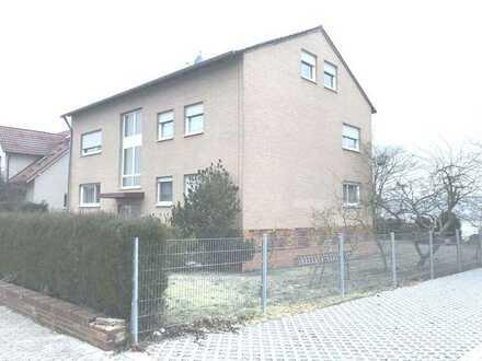 Moderne, helle möblierte 2-Zimmer-Wohnung im 1.OG in Großenseebach