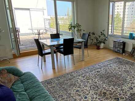 Großzügige 5-Zimmer Wohnung mit toller Dachterrasse