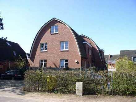 Schöne Wohnung mit kleinem Garten über 2 Ebenen in bester Lage von Garstedt!!klicken Sie hier!!