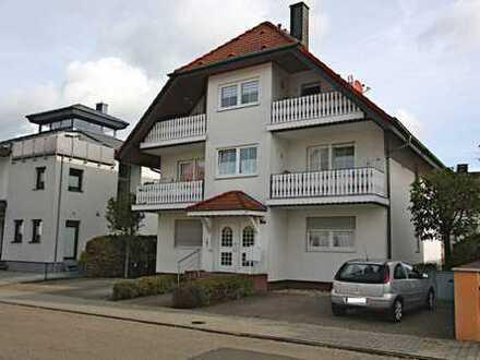 Großzügige 3,5-Zimmer-Eigentumswohnung mit 2 Balkonen und PKW-Stellplatz