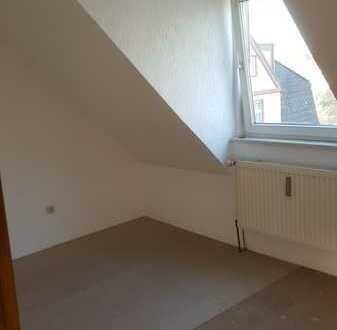 Freundliche, neuwertige 2,5-Zimmer-DG-Wohnung zur Miete in Dortmund
