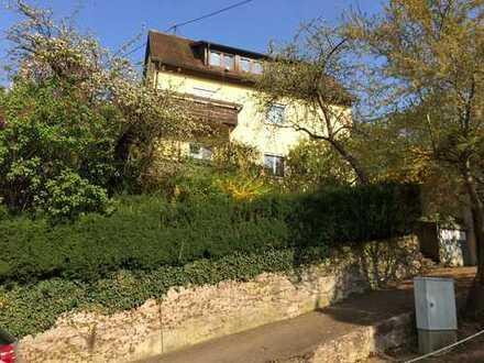 3-Zimmer Wohnung im charmanten Altbau mit Balkon in Esslingen