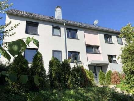 3 Zimmer Wohnung mit Balkon und Gärtchen!