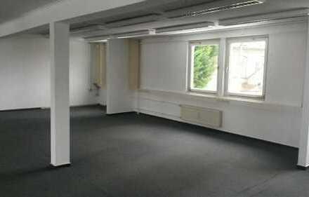 800 m² Fläche Büro, Atelier, Gewerbe