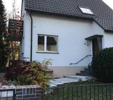 Einfamilienhaus in Kirchheim (Pfalz bei Grünstadt) mit großem Garten und Garage