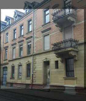 Großzügige 3 ZKB -WG-Wohnung in der Weststadt Karlsruhe