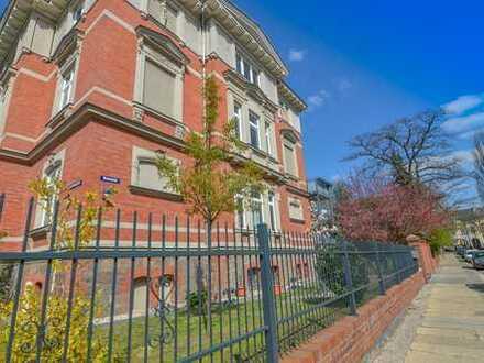 Großzügige und schicke 4-Zimmer-Wohnung im Einzeldenkmal zu verkaufen!