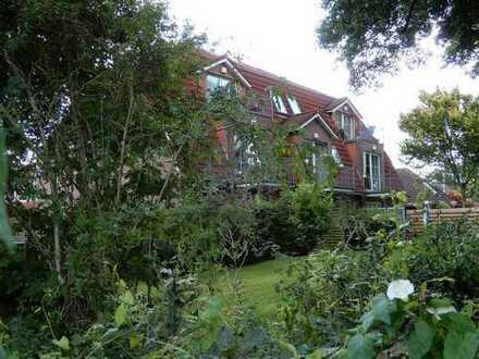 Schöne 3-Zimmer-Wohnung mit Balkon und Einbauküche in Aurich