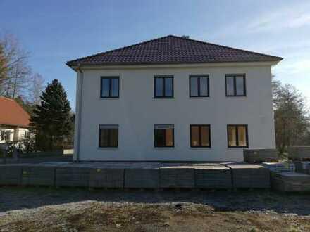 Schönes, geräumiges Haus mit fünf Zimmern, Rent a house with garden in Luhe-Wildenau- Sperlhammer