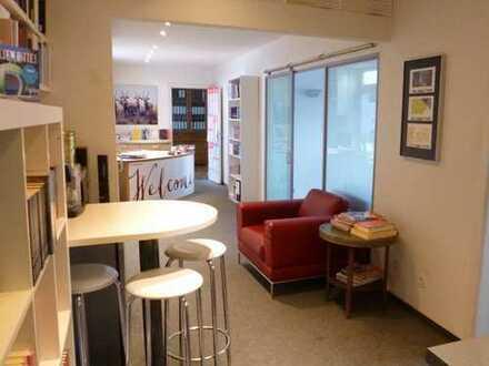 Verbundene Büro-Räume in Jugendstilhaus in Innenstadt Hamburgs