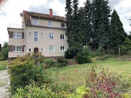 Imposantes Zweifamilienhaus an Dresdens Stadtgrenze