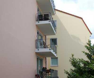 Weitblick - Renovierte 3-Zi-Whg. mit Balkon!