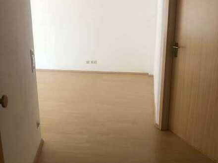 Schöne2-Zimmer-Wohnung mit Balkon in Bretten