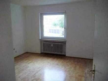 Große helle 5 Zimmer Wohnung