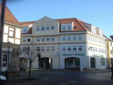 +++Dachgeschosswohnung mit EBK in Gardelegen+++