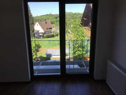 2 Zimmer Wohnung in Hirzenhain mit Balkon zu vermieten.